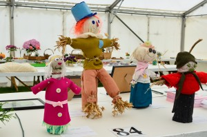 Childrens scarecrows using a one litre plastic bottle III